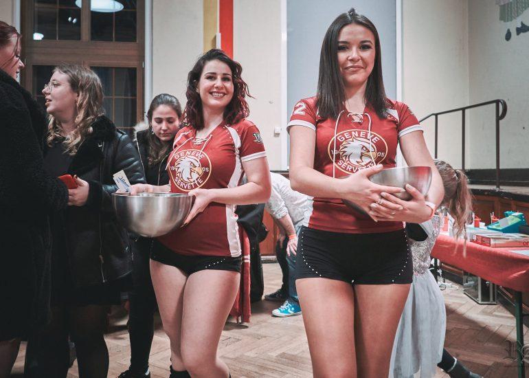 portrait de deux cheerleaders